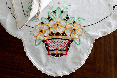 Embroidered Table Runners and Doilies, Light Ecru Linen Table Dresser Set 14598