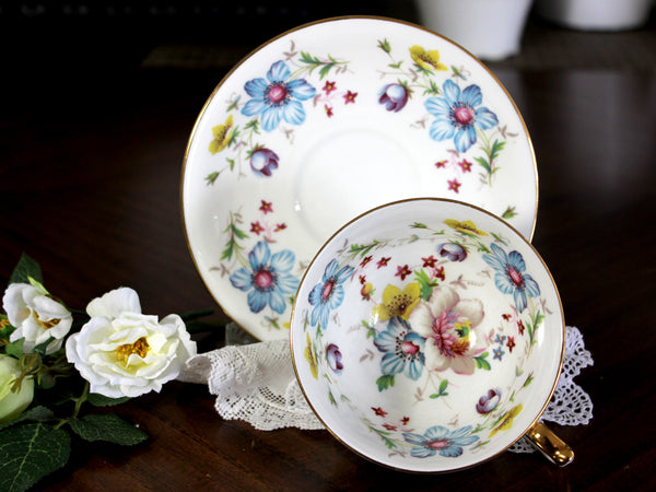 Aynsley Tea Cup, Teacup and Saucer, Mixed Florals, English Bone China 14822 - The Vintage Teacup