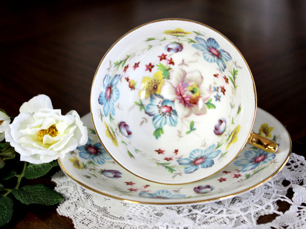 Aynsley Tea Cup, Teacup and Saucer, Mixed Florals, English Bone China 14822