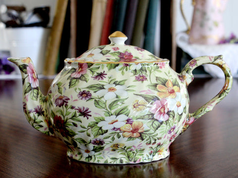 Vintage Teapot, Arthur Wood Tea Pot, Large 4 Cup Capacity Pot, Oval with Swirl Ribbing 15201