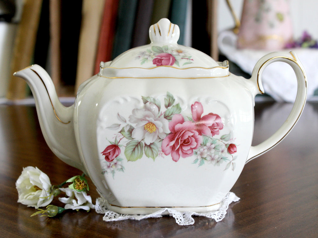 Windsor Sadler Tea Pot, Cube Teapot - Floral England 15222 - The Vintage Teacup