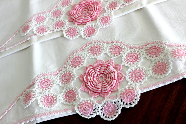 Vintage Pillowcases, 2 Pillow Cases, White Cotton Pillow Slips, Pink 3D Crocheted Edges 15269