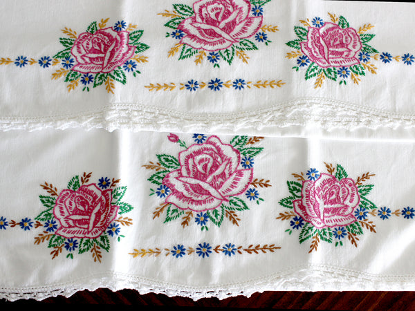 Vintage Pillowcases, 2 Pillow Cases, White Cotton Pillow Slips, Embroidered Roses 15271 - The Vintage Teacup