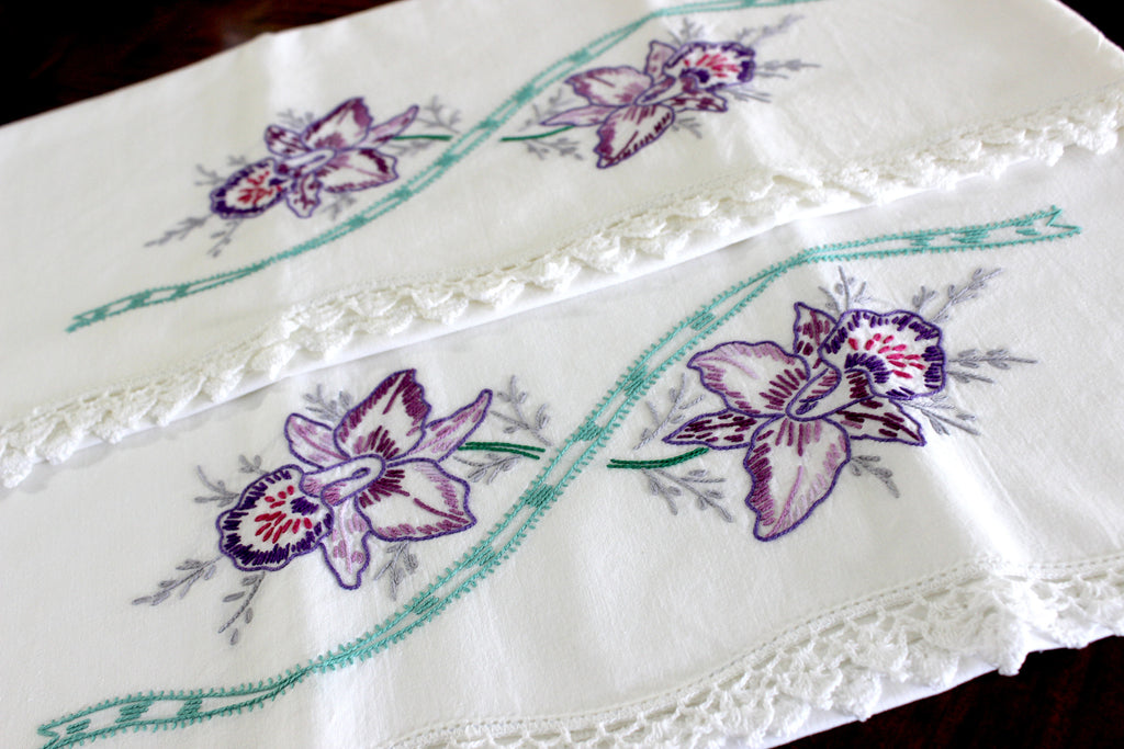 Vintage Pillowcases, Pillow Cases, White Cotton Pillow Slips, Embroidered & Crocheted 15275 - The Vintage Teacup