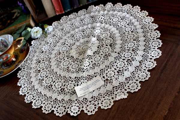 Antique Crochet Doily, Intricate Handmade Doily, Hand Made Lacy Round 15321 - The Vintage Teacup