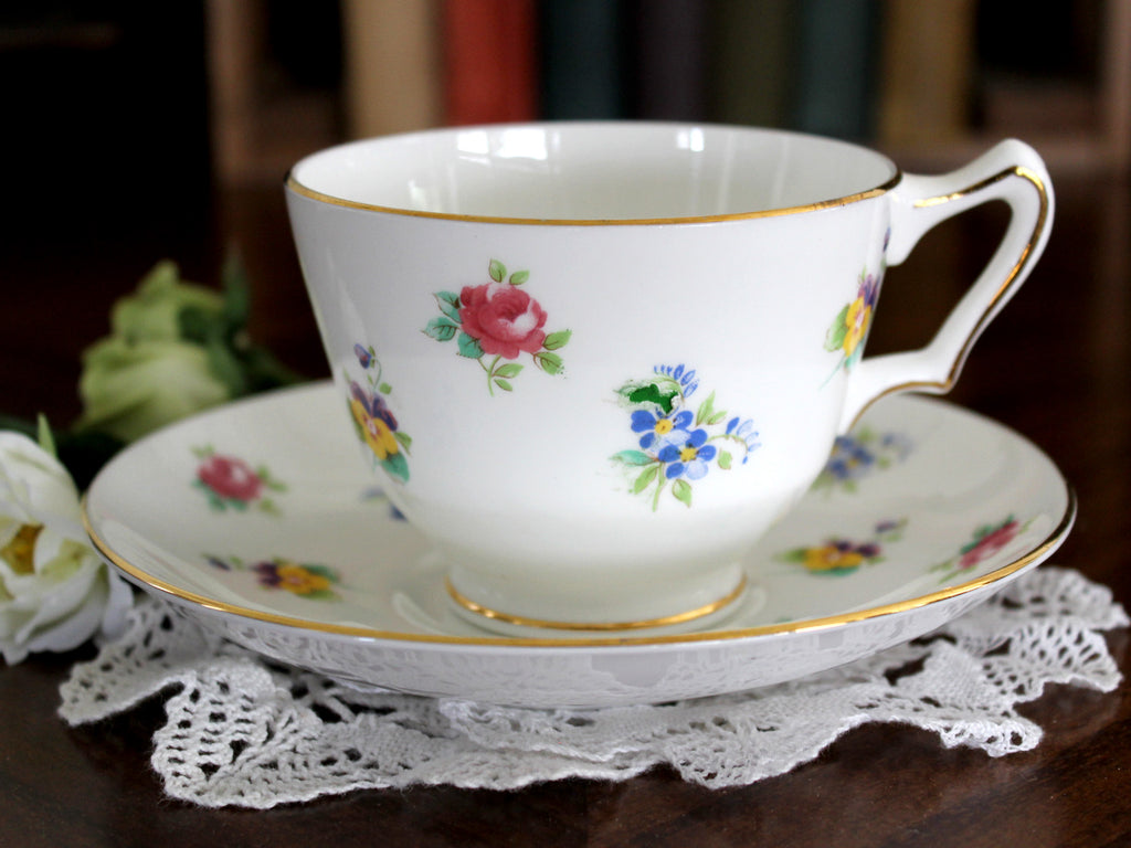 Crown Staffordshire Duo, Teacup and Saucer, Made in England 15454 - The Vintage Teacup
