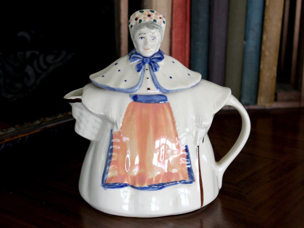 Granny Ann Teapot, Made in USA, Porcelain Tea Pot 15484 - The Vintage Teacup