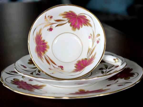Grosvenor Culcross Trio, Tea Cup, Saucer & Side Plate, Bone China, English Teacups 15647