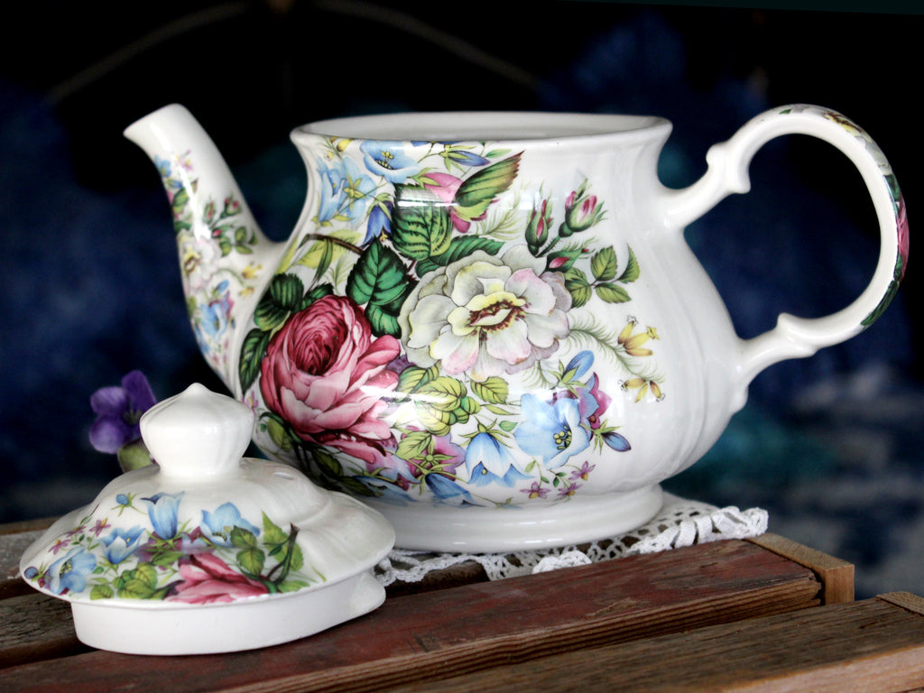 Sadler Windsor Tea Pot, Flowers Galore,  Floral Teapot, England 15825 - The Vintage Teacup