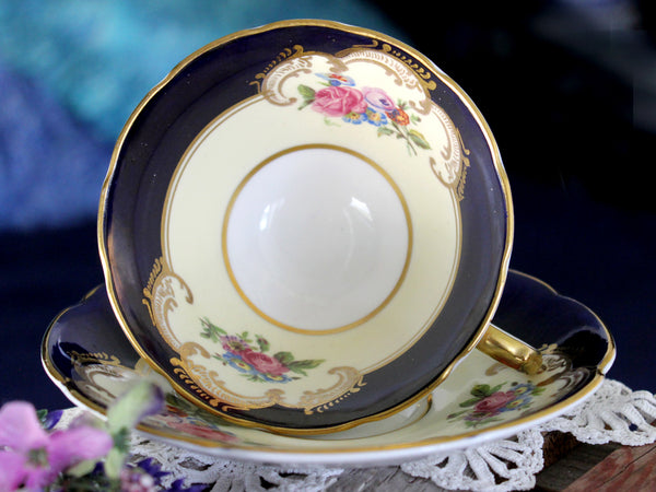 Collingwood Teacup & Saucer, English Bone China, Made in England 15867 - The Vintage Teacup