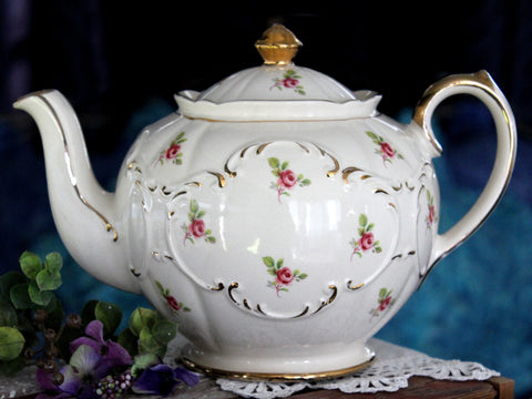 Sadler Globe Tea Pot, Vintage Rose Bud Chintz, English Teapot 15879 - The Vintage Teacup