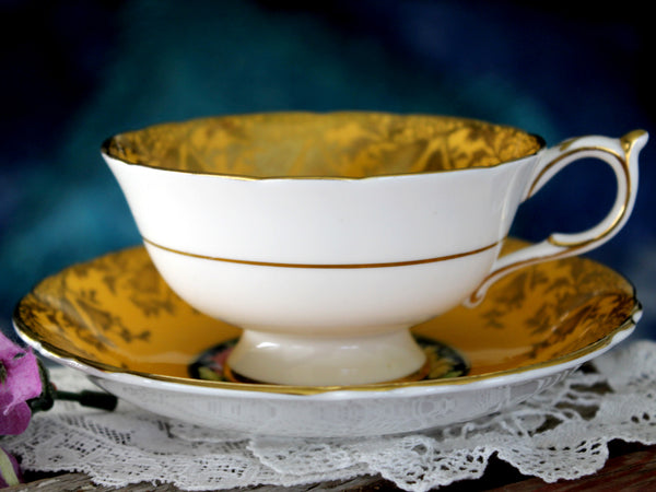 Golden Paragon Teacup & Saucer, Double Warrant, Chrysanthemums Tea Cup 15908 - The Vintage Teacup