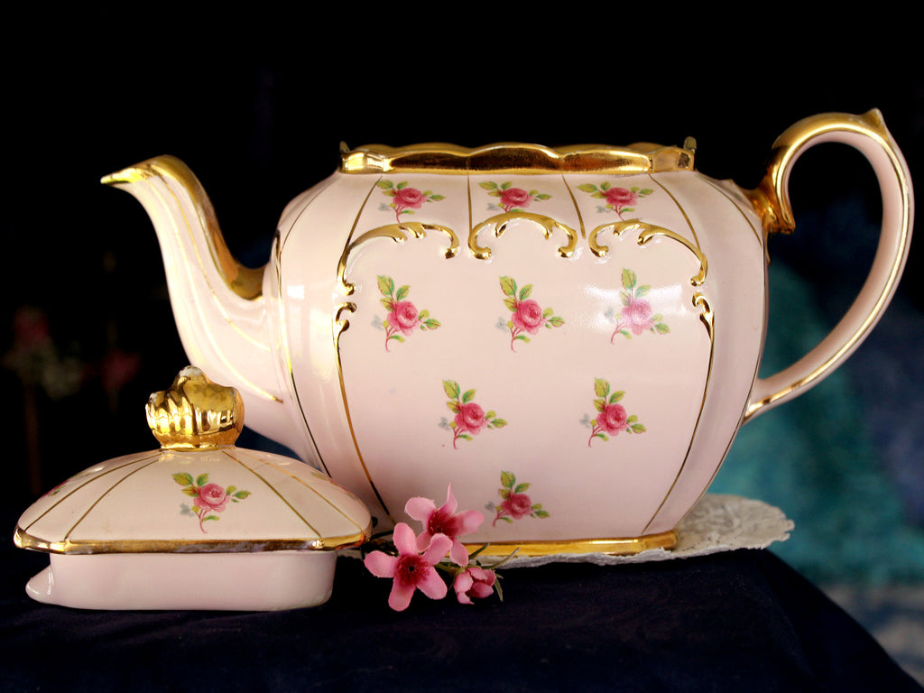 Pink Cube Sadler Tea Pot, Teapot, by Sadler England, Ditsy Rose, 4 Cup Capacity 15925 - The Vintage Teacup