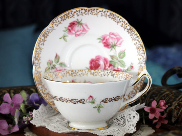 Collingwood Teacup & Saucer, English Bone China, Pink Fluffy Roses 16431