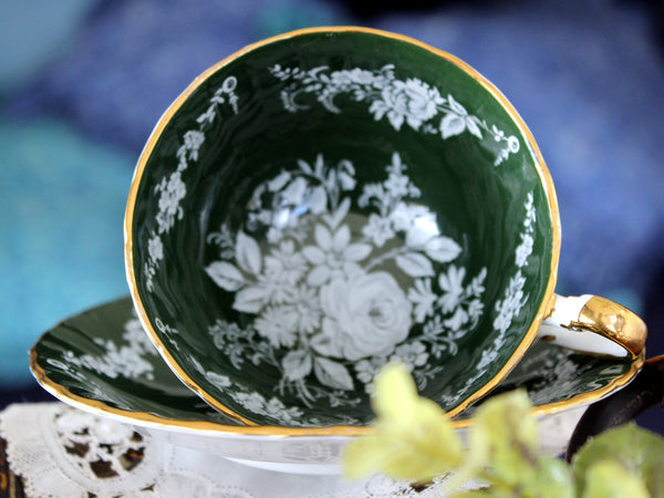 Aynsley Emerald Green Teacup, White Floral Swags, Oban Tea Cup & Saucer Set 16506