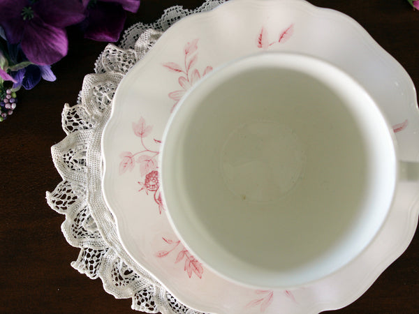 J & G Meakin Teacup and Saucer, Vintage Tea Cups, Pink Roses 16603