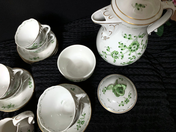 1930's Von Schierholz Tea Set, Handmalerei German Teapot, Sugar, Creamer and 6 Cups and Saucers J-485 - The Vintage Teacup