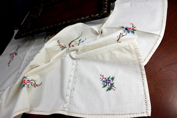 Small Vintage Tablecloth, Cross Stitched Linen Table Cloth, 12367 - The Vintage Teacup - 5
