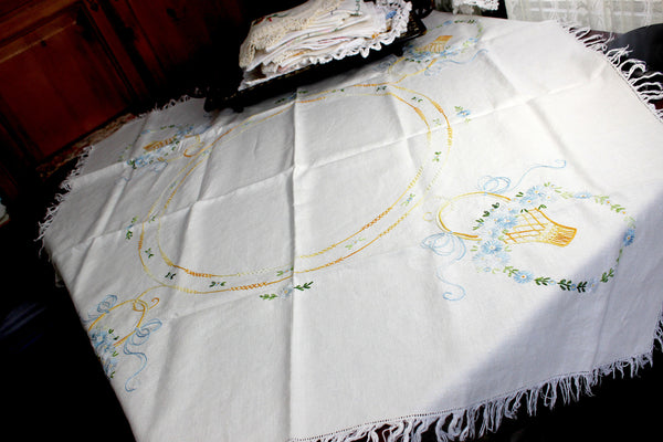 Embroidered Tablecloth, Wheat Colored Linen Table Cloth, 12350 - The Vintage Teacup