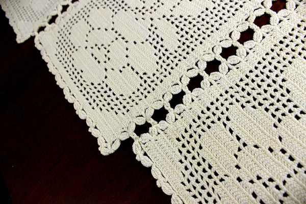Cream Crocheted Table Runner, Sectioned Table Scarf, Vintage Table Linens 12376 - The Vintage Teacup - 5