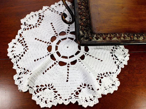 White Doily, Vintage Crochet Doilies, Large Crocheted Doily 12371 - The Vintage Teacup - 4