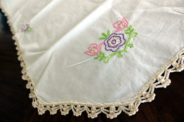 Embroidered Ecru Table Runner - Linen with Floral Motif and Crochet Edging 13203