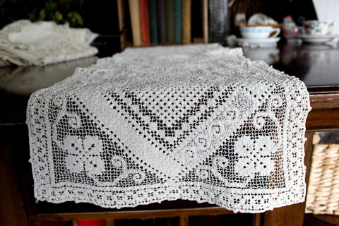 Filet Lace Runner, Off White, Light and Lacy Table or Mantle Scarf 15556 - The Vintage Teacup