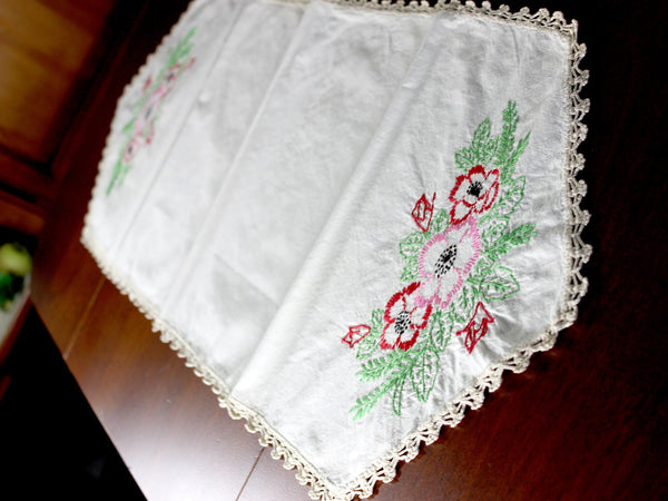 Embroidered Table Runner - Linen with Floral Motif and Crochet Edging, Ecru Linen 12898 - The Vintage Teacup