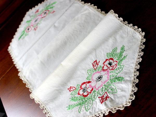 Embroidered Table Runner - Linen with Floral Motif and Crochet Edging, Ecru Linen 12898