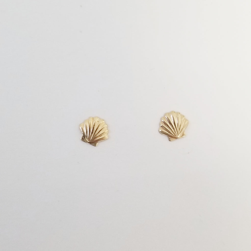 Seashell Earrings | 14K Gold