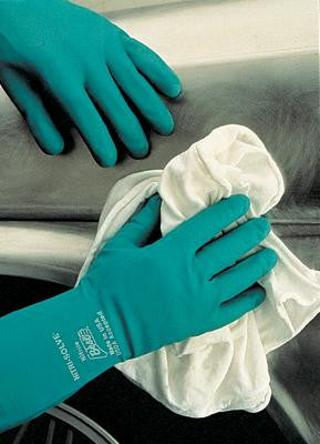 "SHOWA Best Glove Size 10 Green Nitri-Solve 13"" Flock Lined 15 mil Unsupported Nitrile Gloves With Bisque Finish And Gauntlet Cuff (Chlorinated)"