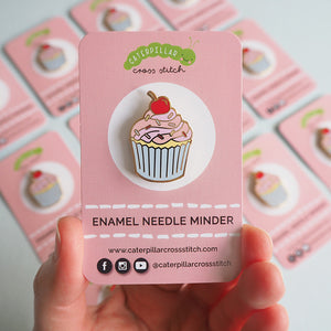 cupcake magnetic needle minder