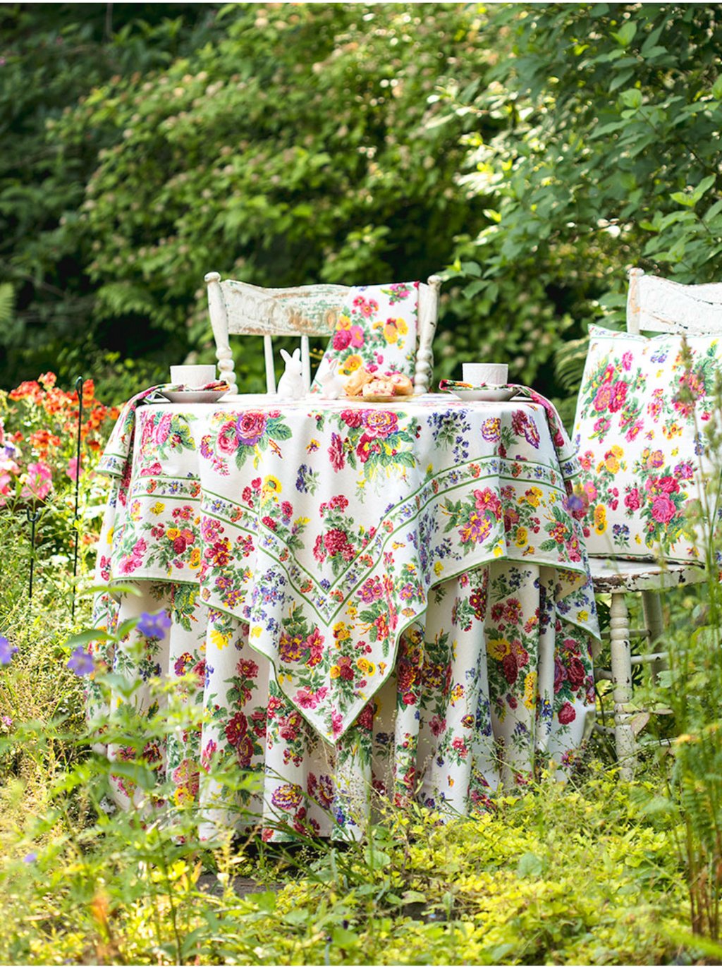 Artist Garden Tablecloth | April Cornell