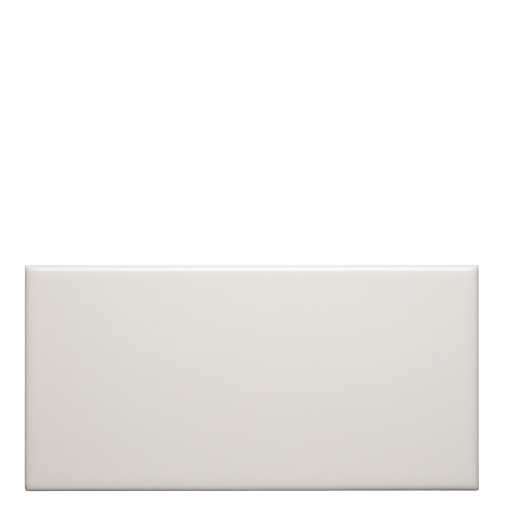 Waterworks Campus Field Tile 3 x 6 Bullnose Corner (Left) in White Glossy Solid