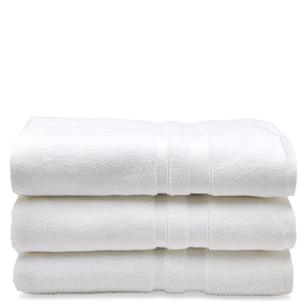 Waterworks Perennial Bath Towel in White