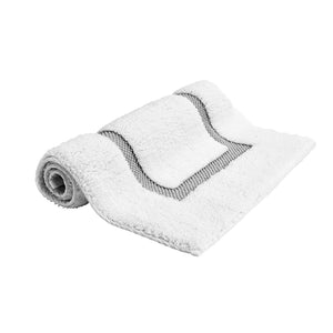 "Waterworks Cella Overwoven Bath Rug 25"" x 72"" in White/Gray"