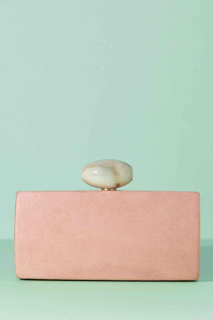 Clutch Oval Hueso Suede Rosa Spring20 - brunacoleccion bruna invitadaperfecta invitadaboda invitadabruna boda guest wedding
