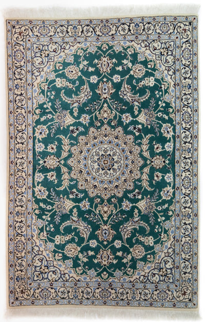 "Persian, Ivory Wool Area Rug - 3' 10"" x 5' 9"""