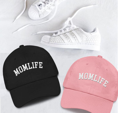 MOM HAT FLATLAY