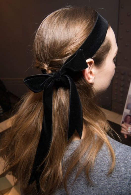 hairstyles_ribbon_halfup