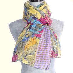 Multi-Color-Colored Parrot Design Scarf