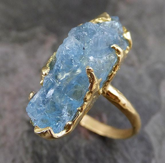 Raw Uncut Aquamarine Ring Solid 18K Gold Ring wedding engagement Rough Gemstone Ring Statement Ring Stacking Ring Cocktail - Gemstone ring by Angeline