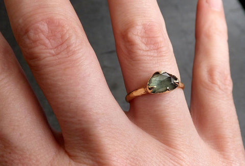 Raw Sapphire Solitaire 18k Gold Engagement Ring Wedding Ring Custom One Of a Kind blue Gemstone 0486