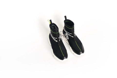 002 by John Geiger Black/Lime