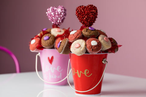 the cookie cups bucket bouquets - gift idea
