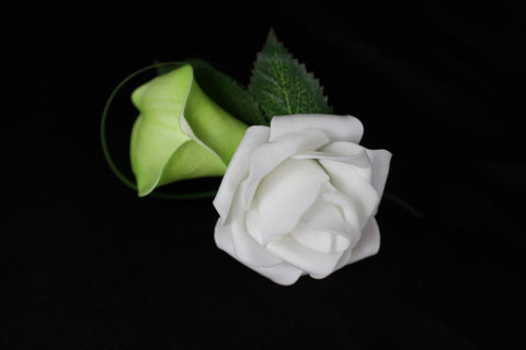 Green calla lily and rose boutonniere