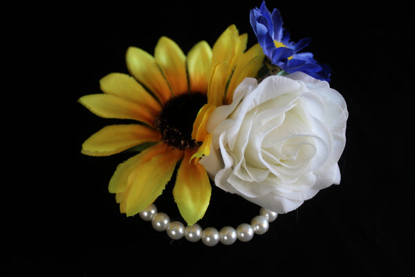 Rustic Sunflower Wrist Corsage