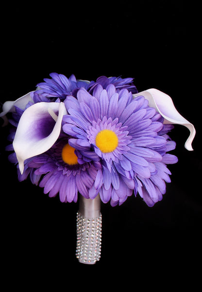 Beautiful Daisy and calla lily Bridesmaids Bouquet