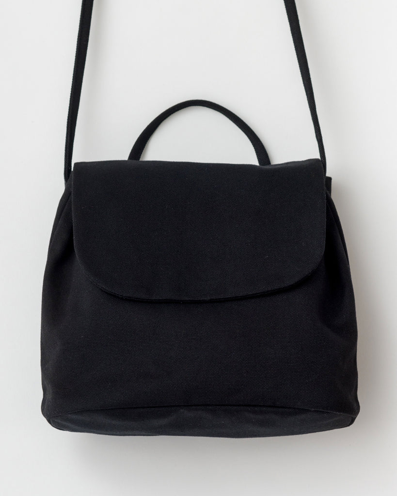BAGGU Canvas Shoulder Bag in Black