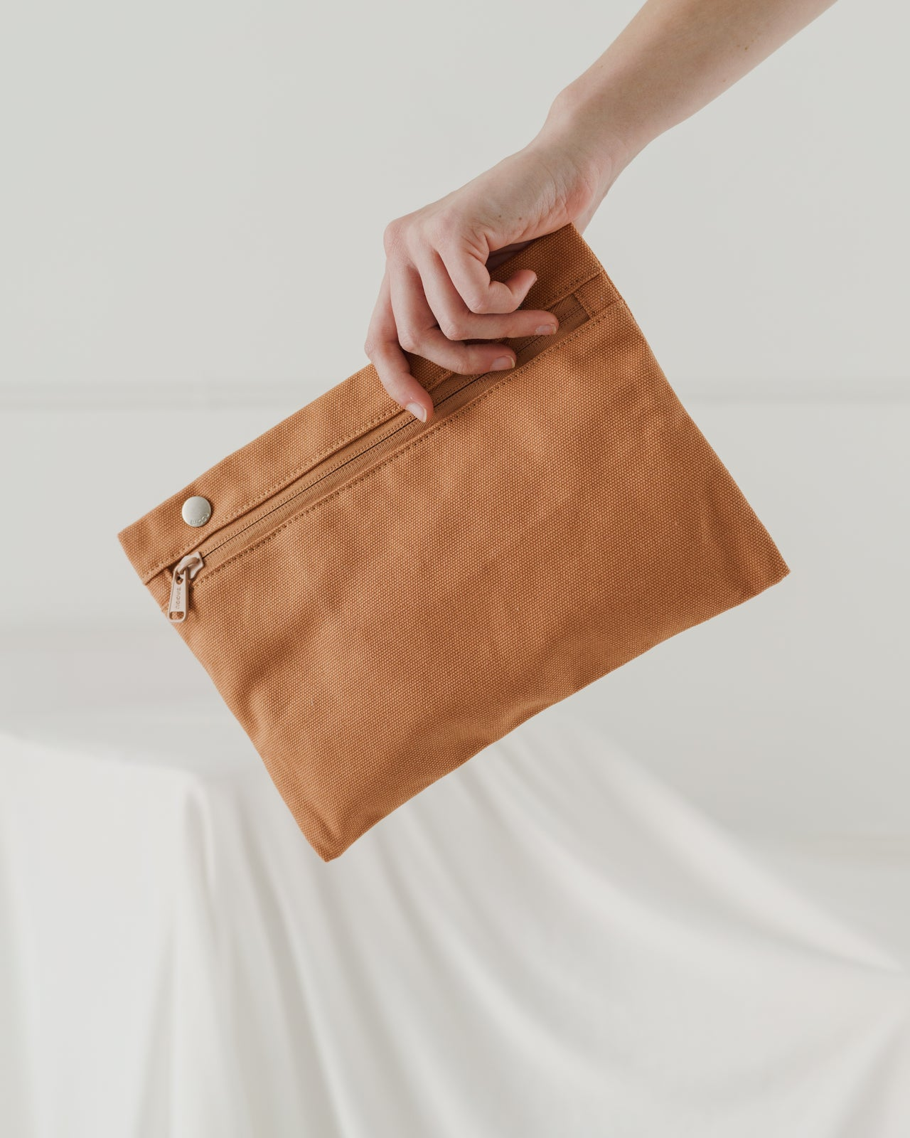 Canvas Zip Tote - Pecan